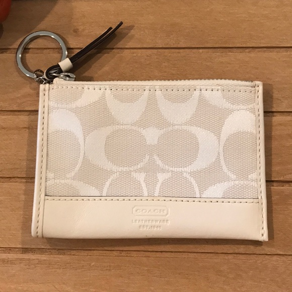 Coach Coin Purse Keychain and Card Holder! 🧡🥰
